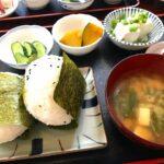 [1084] 三平のおにぎり定食500円!